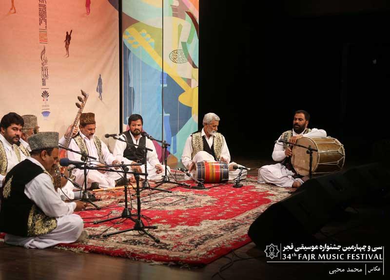 در دومین روز سی و چهارمین جشنواره موسیقی فجر اتفاق افتاد – استقبال مردم از پایکوبی سیستانیها