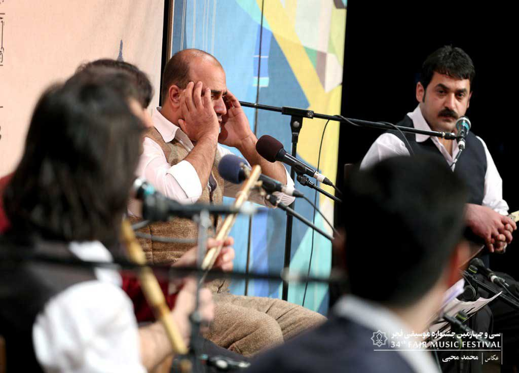 اجرای گروه کتول گلستان در سالن سوره حوزه هنری در روز پنجم جشنواره موسیقی