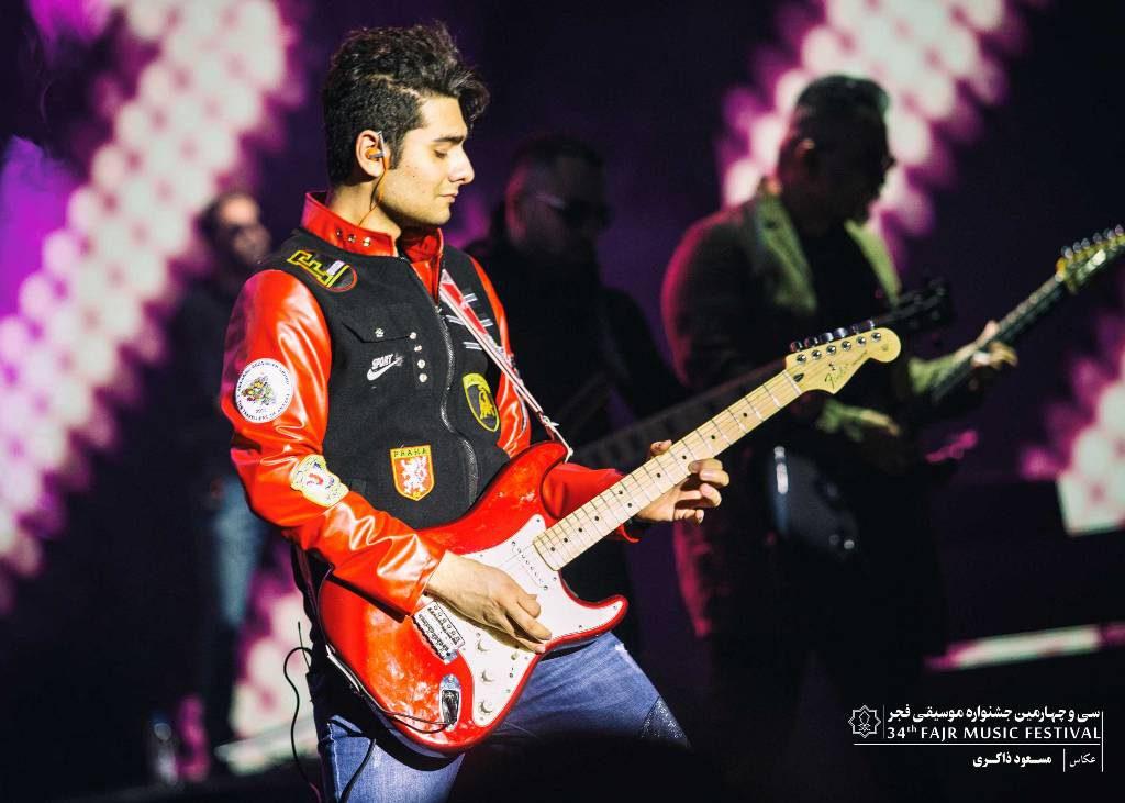 گزارش تصویری کنسرت بهنام بانی در شب اول جشنواره موسیقی فجر در برج میلاد