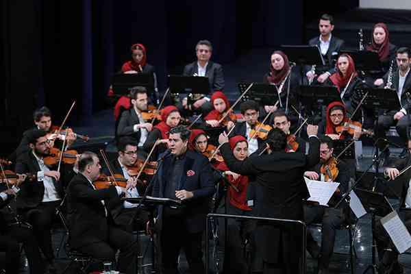 ارکستر ملی ایران به یاد شهید سلیمانی نواخت/ایران با صدای سالار عقیلی در اجرای ارکستر ملی