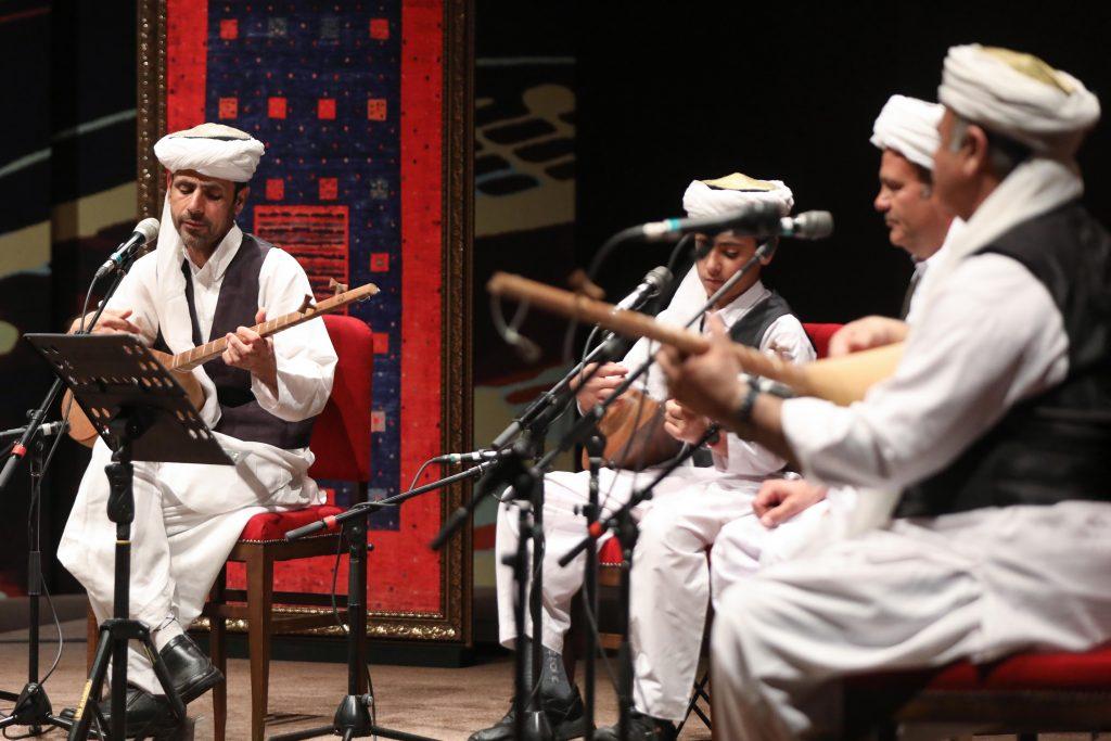 اجرای انوار جام(تربت جام)/سی و ششمین جشنواره موسیقی فجر