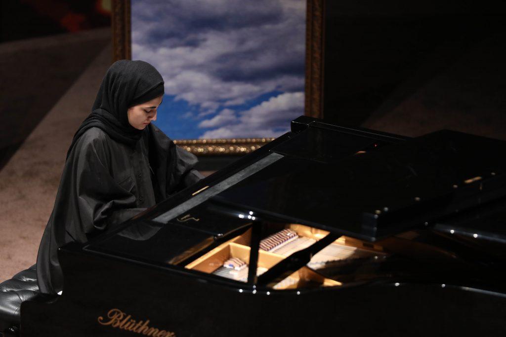 اجرای نگاهی از کنج/سی و ششمین جشنواره موسیقی فجر