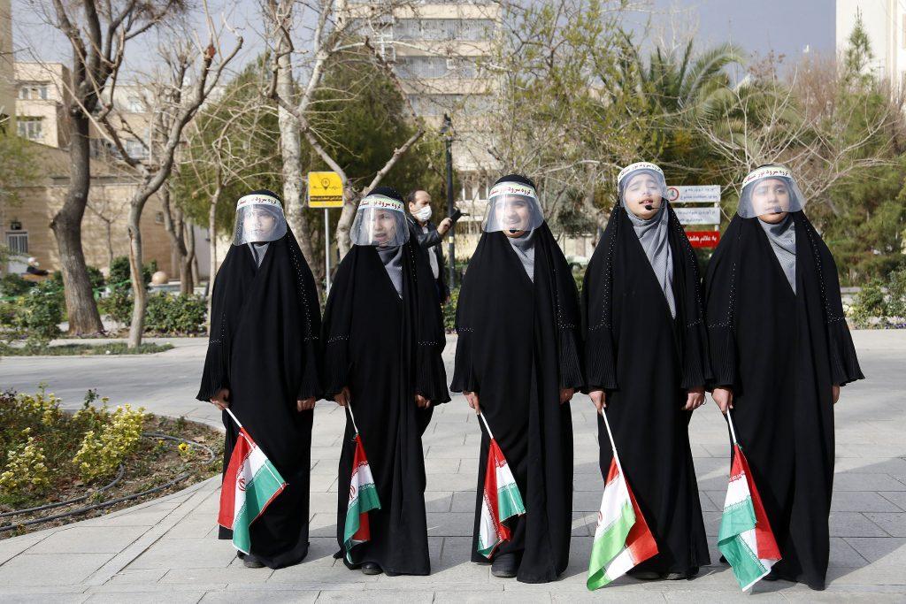 اجرای گروه سرود نور مشکات/سی و ششمین جشنواره موسیقی فجر